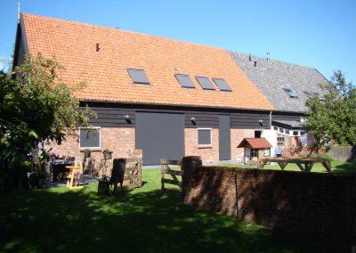 2 woningen in schuur Aagtekerke